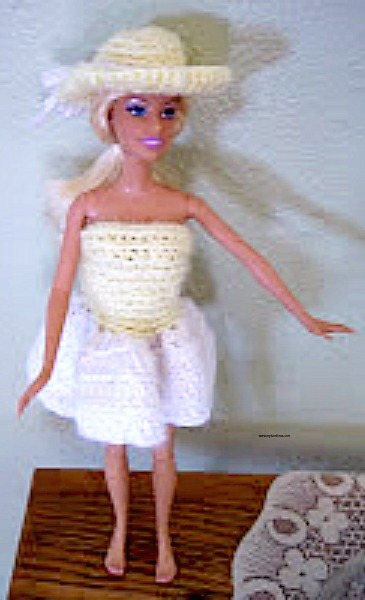 Free Crochet Doll Hat Pattern that fits barbie - My Turn for Us d53fa2354b8