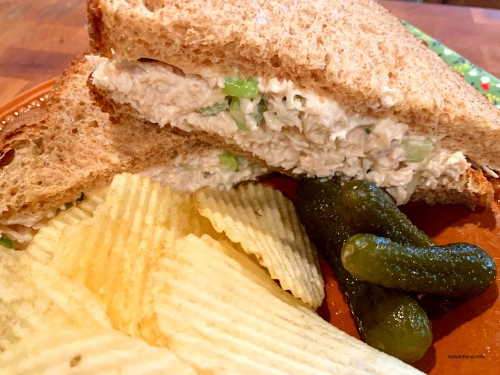old fashioned chicken salad, chicken salad on whole wheat bread