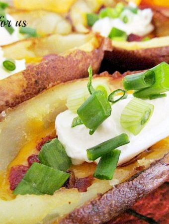How to make Easy Cheddar and Bacon Potato Skins