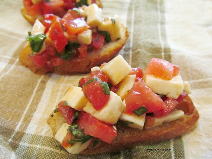 Cheese bruschetta, bruschetta cheese