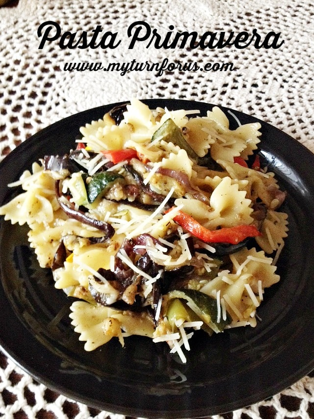How to Make an Easy Pasta Primavera with Roasted Vegetables