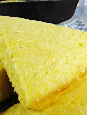How to make the best Southern Cornbread and Cast Iron Cornbread