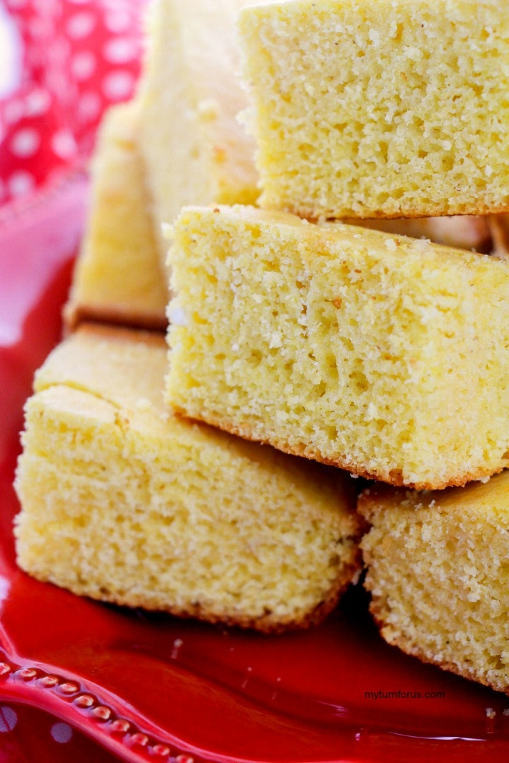 moist cornbread, old fashioned cornbread recipe