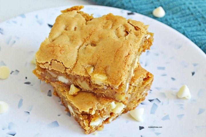 maple walnut bars, maple blondies