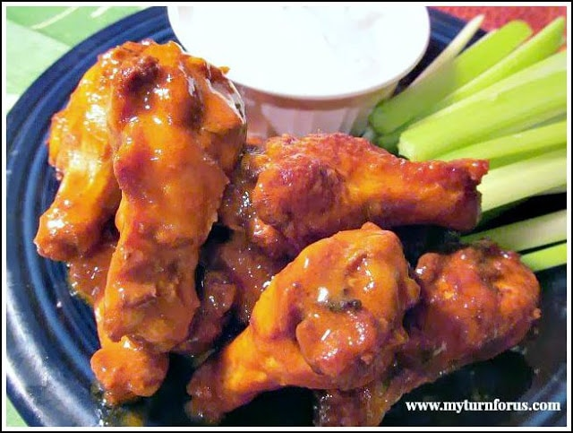 buffalo wing seasonings, buffalo wings,fried chicken wings, hot wing sauce