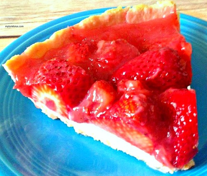 Fresh Strawberry Pie Recipe, close up of slice of strawberry pie, strawberry pie, strawberry pie recipe