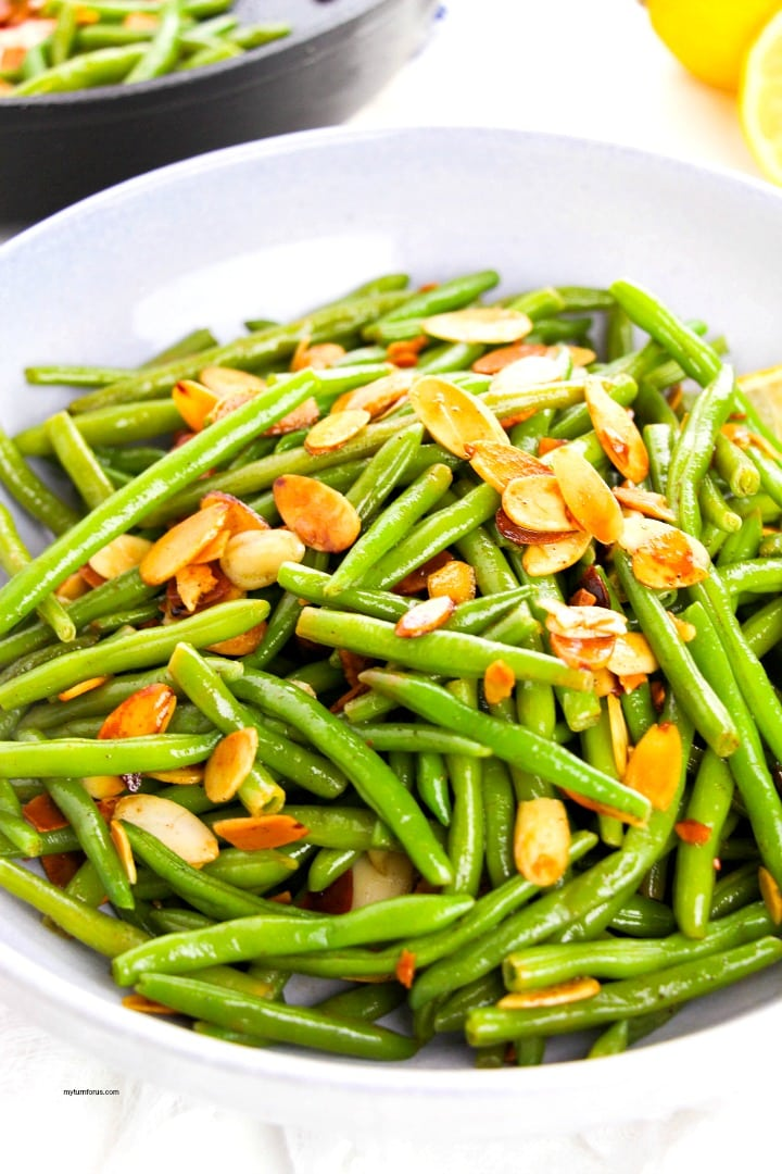 Pan fried green beans with toasted slivered almonds