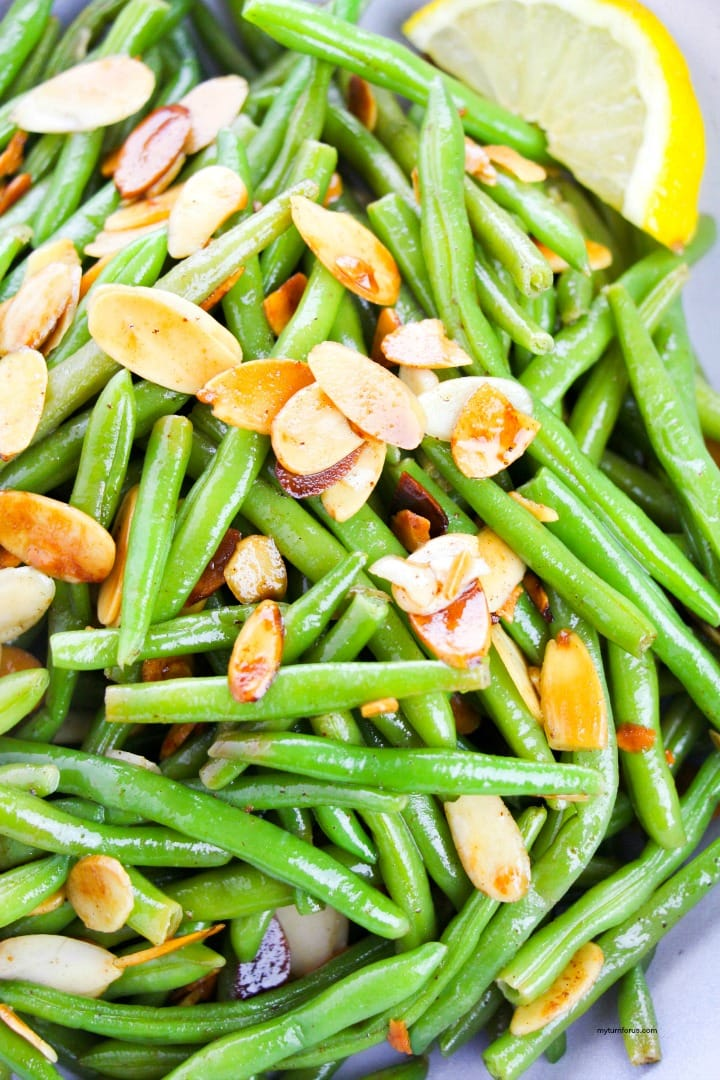stovetop green beans toast slivered almonds