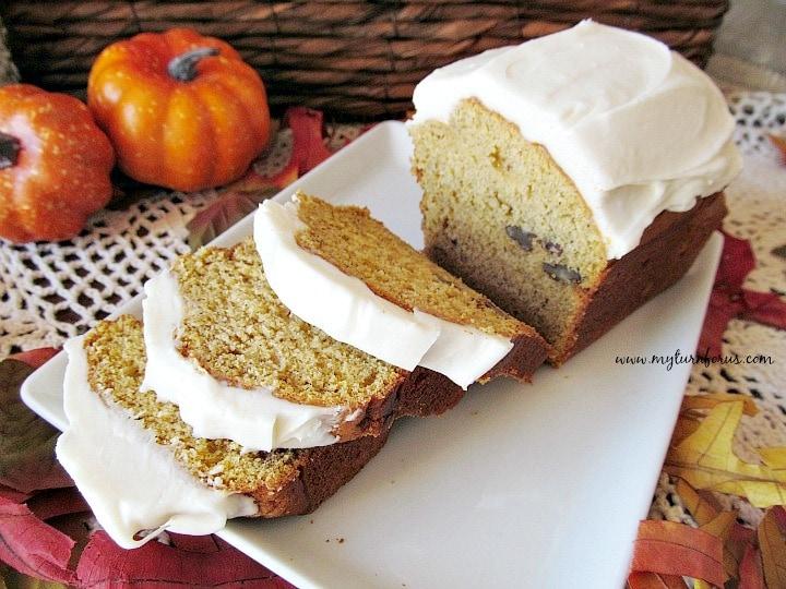 Pumpkin Nut Bread, pumpkin bread with walnuts, simple pumpkin bread recipe