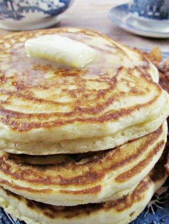 How to Make the Easiest Homemade Pancake Mix