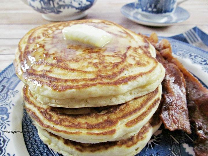 Homemade pancakes, easy pancakes