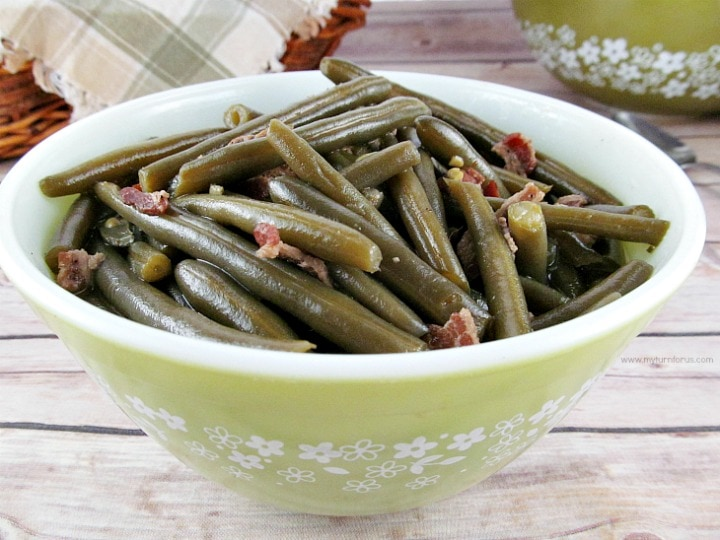 country style green beans,Old Fashioned Green bean recipe, southern style green beans, country style green beans