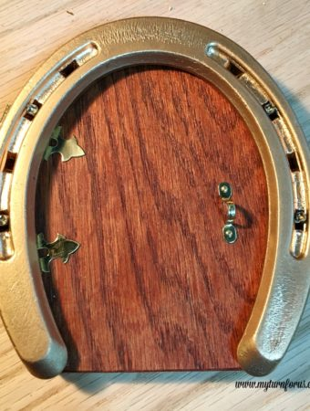 How to make a Fairy Door from a Golden Horseshoe