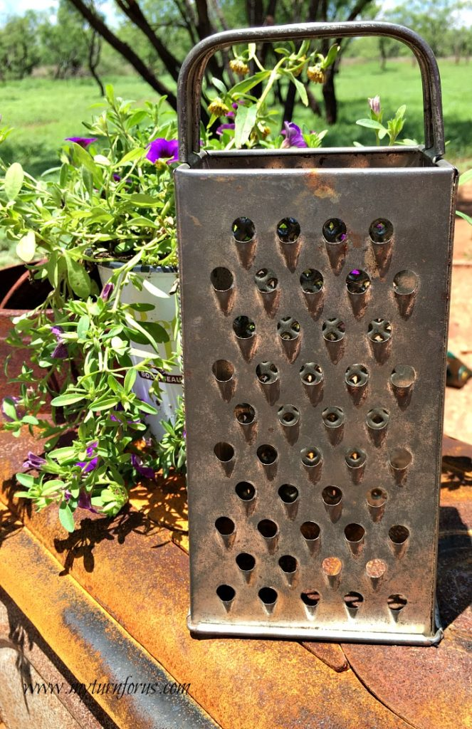 kitchen garden art, kitchen grater owl art