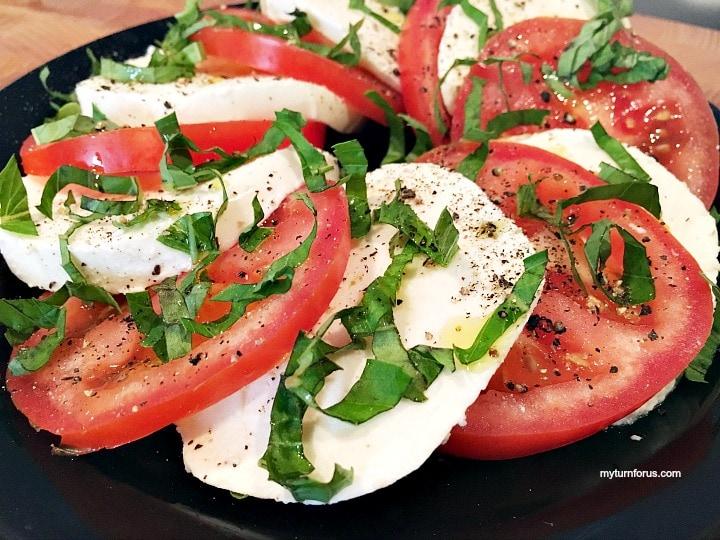 Easy Caprese Salad,