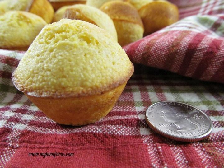 mini cornbread muffins, cornbread mini muffins
