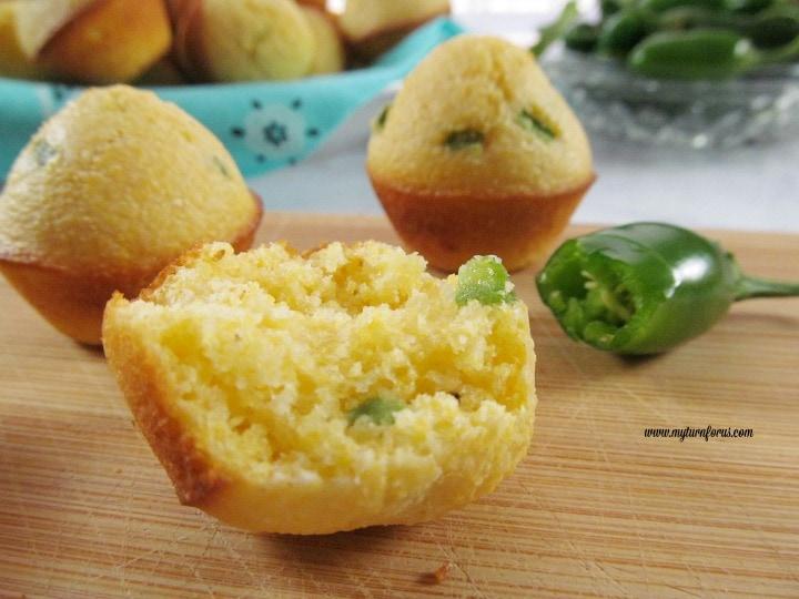 mini cornbread muffins, cornbread mini muffins, jalapeño cornbread recipe
