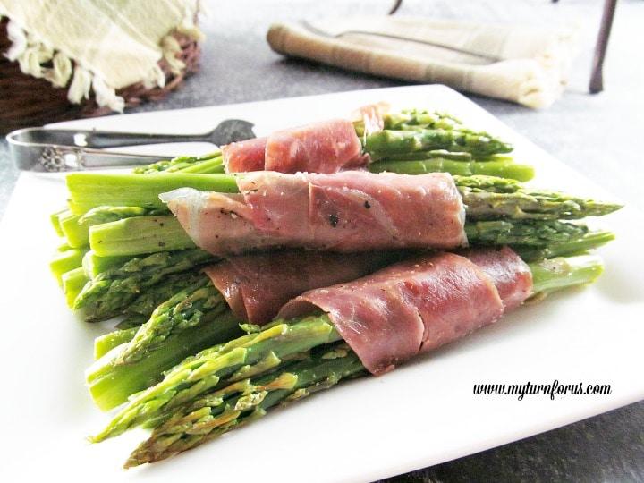 Asparagus Prosciutto Bundles,Asparagus wrapped in Prosciutto