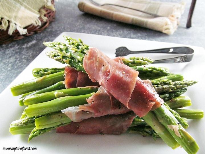 Asparagus Prosciutto Bundles, Asparagus and Prosciutto Bundles