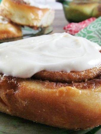 How to Make Perfect Big Texas Cinnamon Rolls
