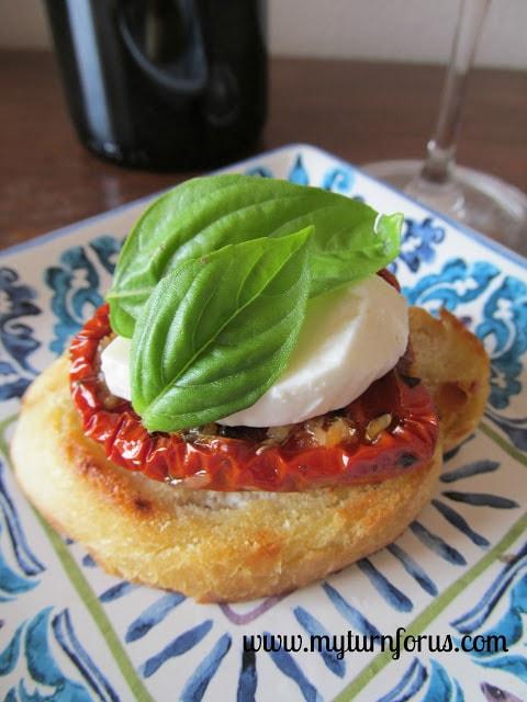 Roasted tomato bruschetta with basil