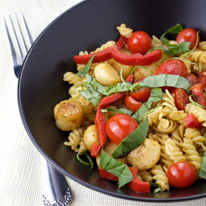 sweet basil with scallops