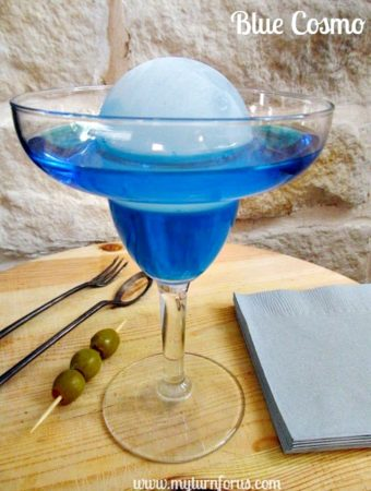 How to make a Blue Cosmopolitan Cocktail