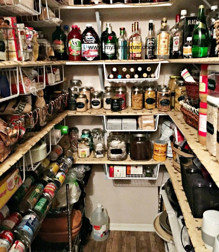 kitchen Pantry organization, organize pantry