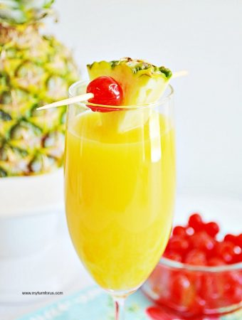 How to make the Best Pineapple Orange Mimosa