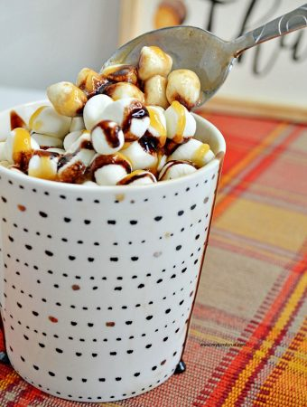 How to Make this Easy Salted Caramel Hot Chocolate