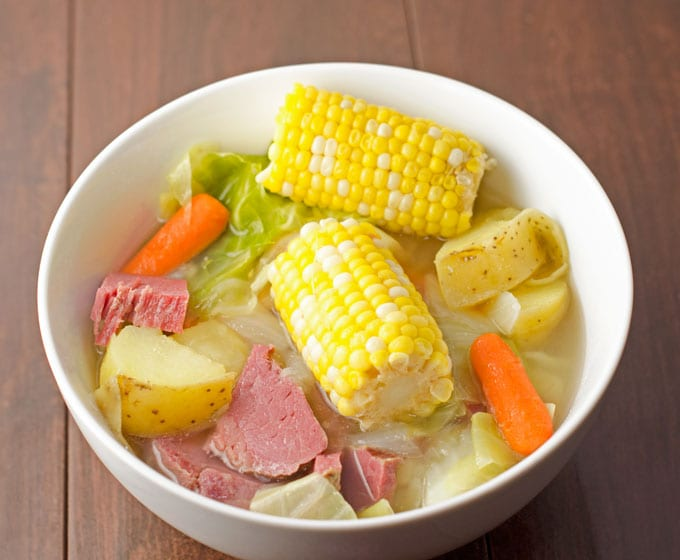 beef and cabbage, Cooking Corned Beef in a Slow Cooker