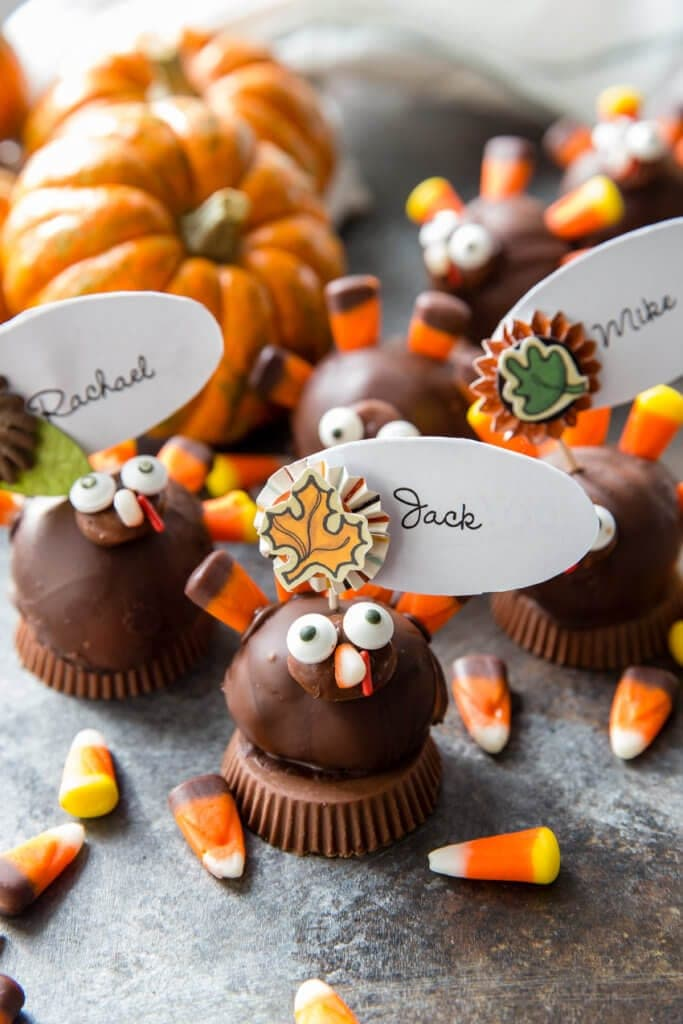 Thanksgiving table favors, place card holders