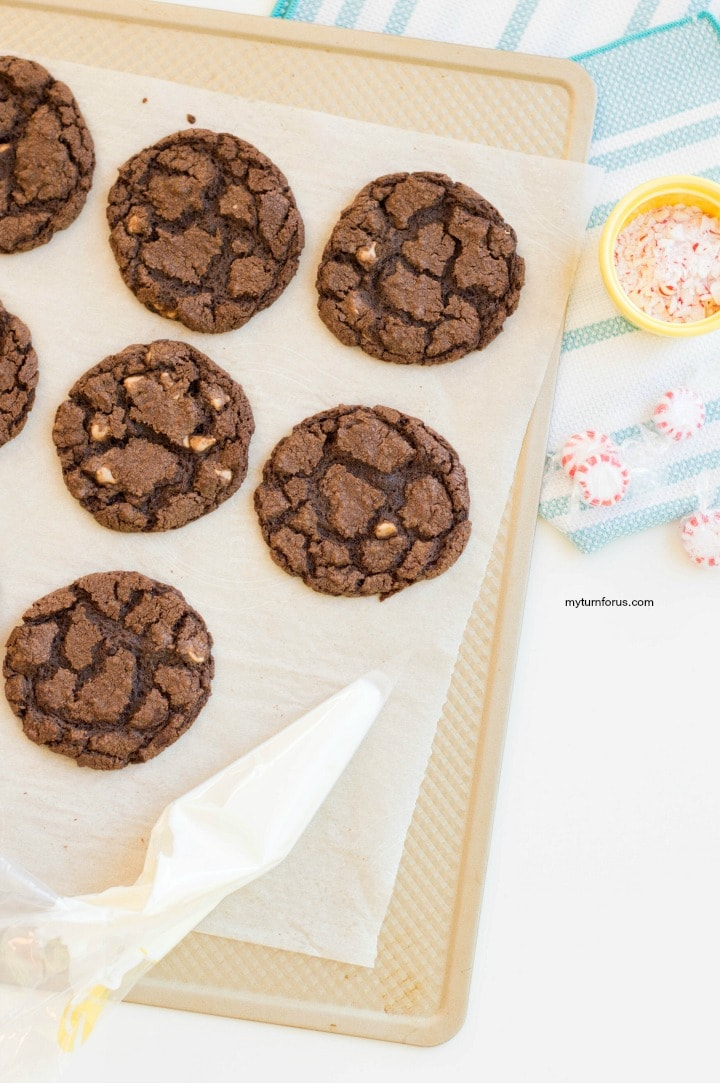 chocolate caramel cookies with peppermint
