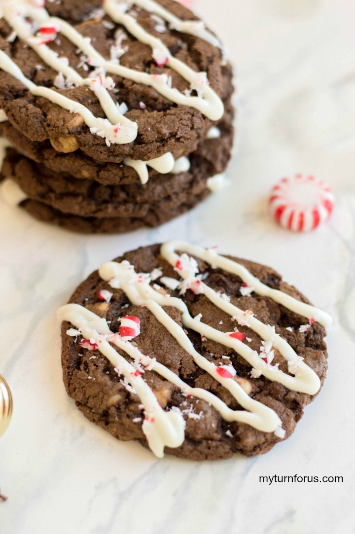 chocolate cookies with caramel chips, chocolate peppermint cookies