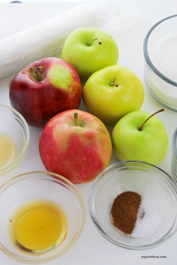 apples, cinnamon, sugar, lemon juice, apple cider
