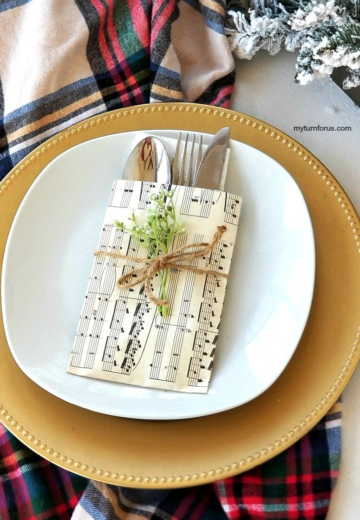 DIY sheet music place settings for your cultery