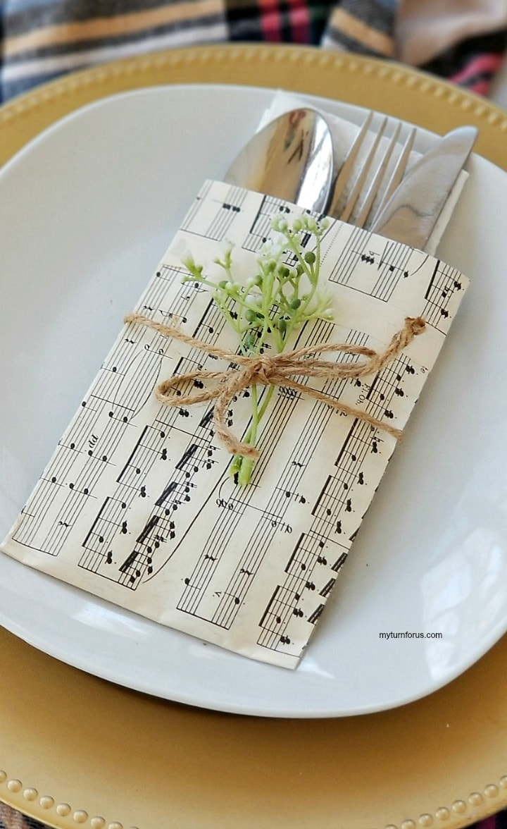 Music sheet place holder for silverware