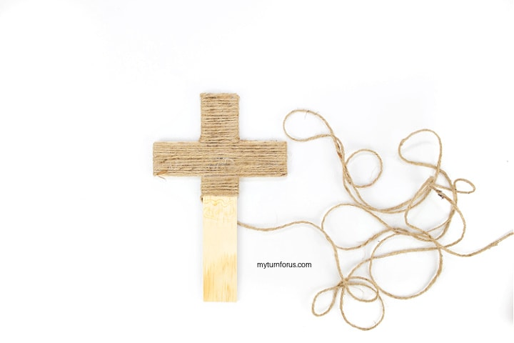 Jute wrapping on wooden cross