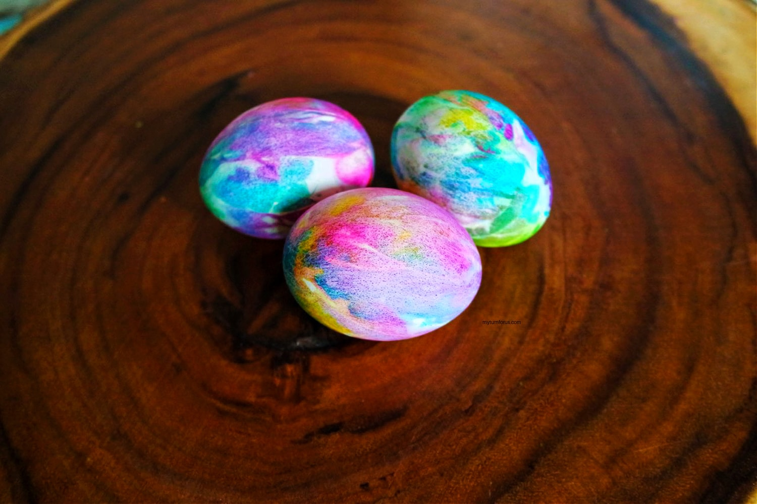 coffee filter dyed eggs