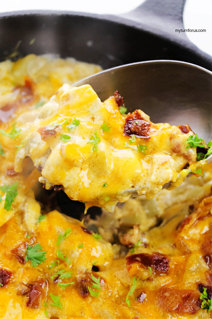spoonful of cheesy skillet potatoes
