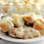 biscuits and gravy breakfast casserole